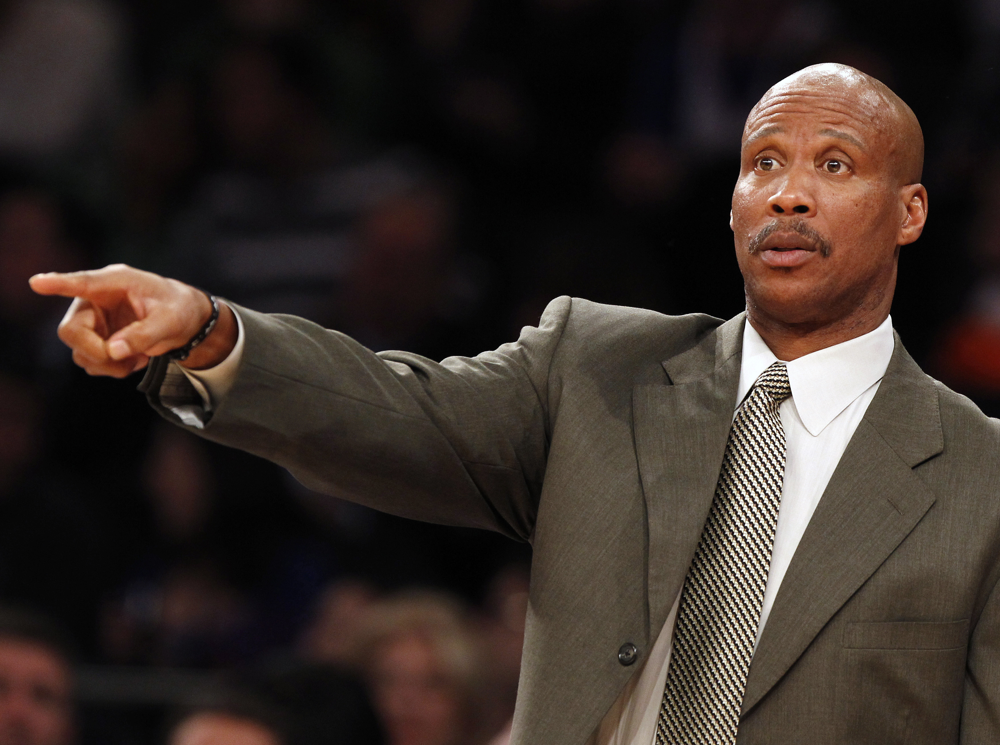 Byron Scott gets 4 years, $17M from Lakers