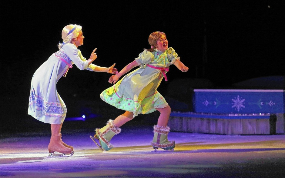 frozen-disney-on-ice-review-orlando0558.JPG