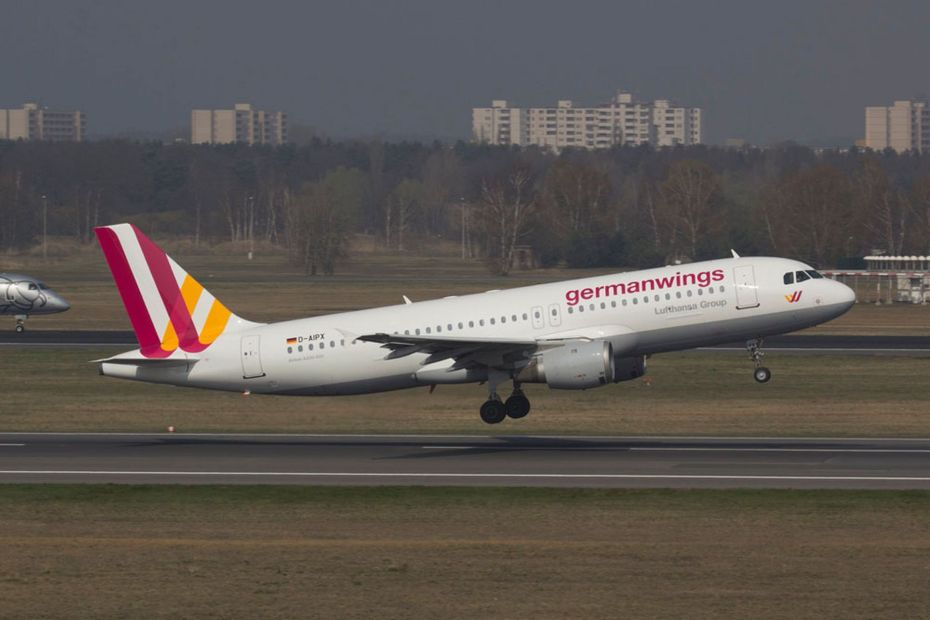The-Germanwings-Airbus-A320-that-crashed-in-southern-France-on-Tuesday-en-route-from-Barcelona
